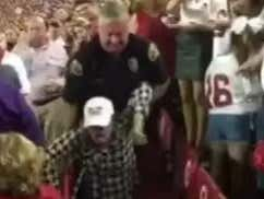 """""""Roll Tide"""" And """"War Eagle"""" Will Now Replace """"10-4"""" For Local Alabama Police On GameDay"""