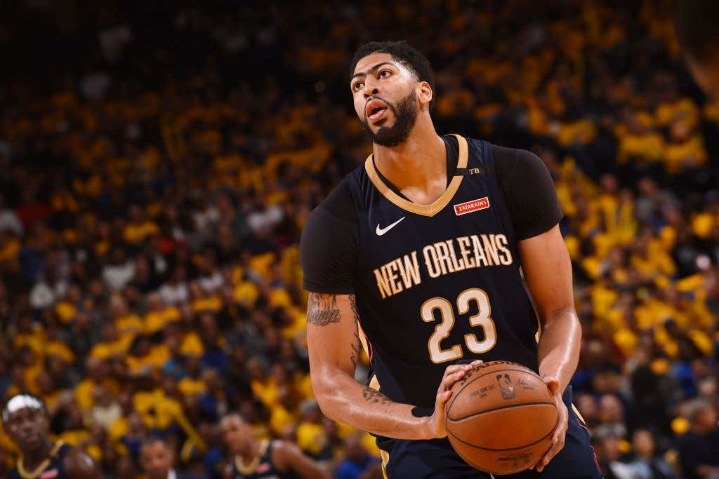 What Is Anthony Davis Up To  - Barstool Sports 467cd0811