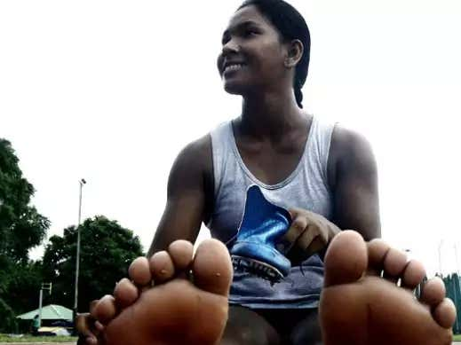 Feel Good Friday: An Indian Gold Medalist Is Getting Custom Sneakers For Her 12 Toed-Feet