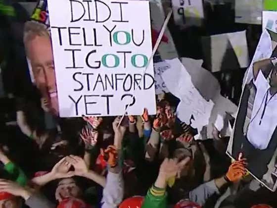 GameDay Signs Live From Eugene