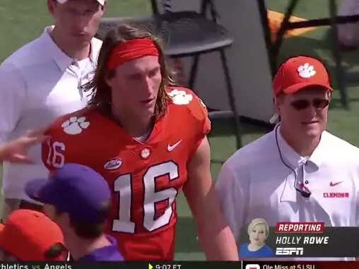 Trevor Lawrence Leaves The 1st Half Early After An Apparent Injury.....