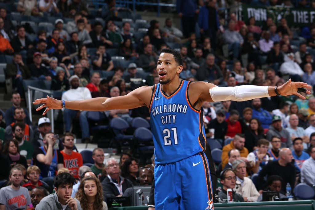 e4b7ab298b Andre Roberson Having A Setback During His Knee Rehab Sucks ...