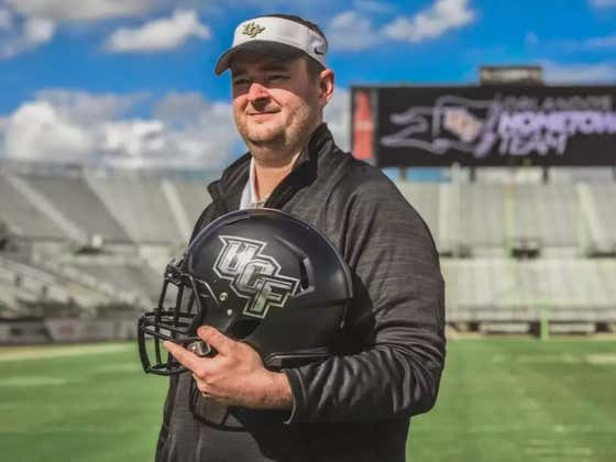 """UCF HC Josh Heupel Motivated Team By Yelling """"Lets Go Bone Here"""" Before Critical 4th Down Play"""