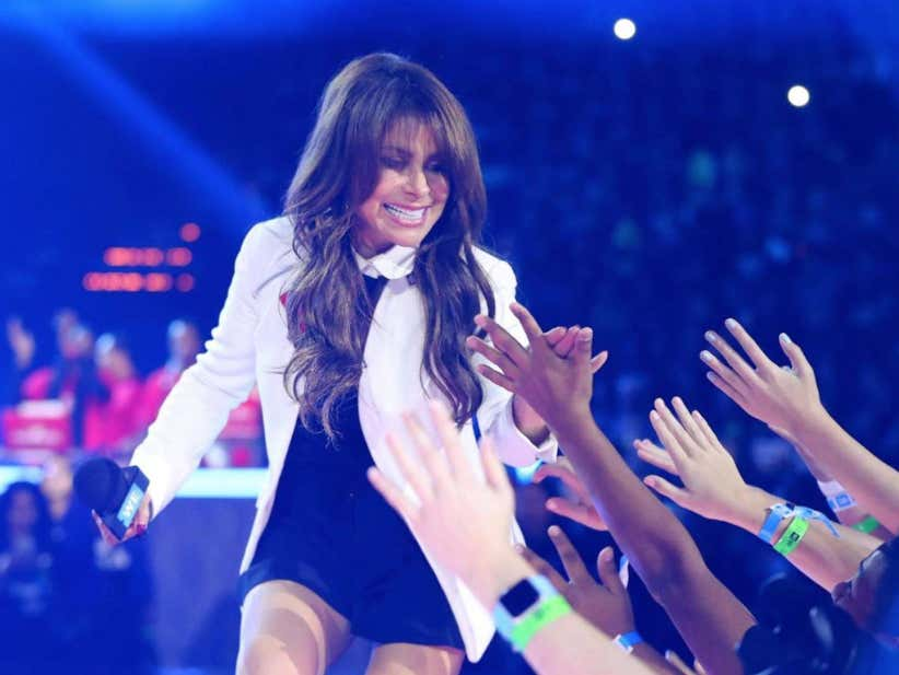 Paula Abdul Is Back!...To Taking Diggers Off Stage Mid-Concert