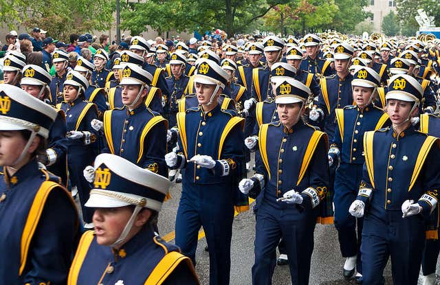 Notre-Dame-marching-band