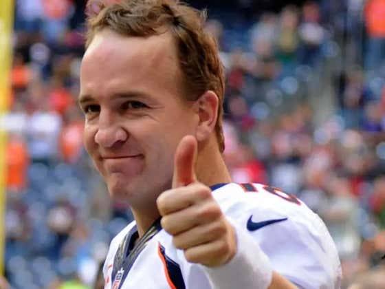 Peyton Manning Breaking Down The Normal Snap Duties Of A NFL QB Is Fascinating