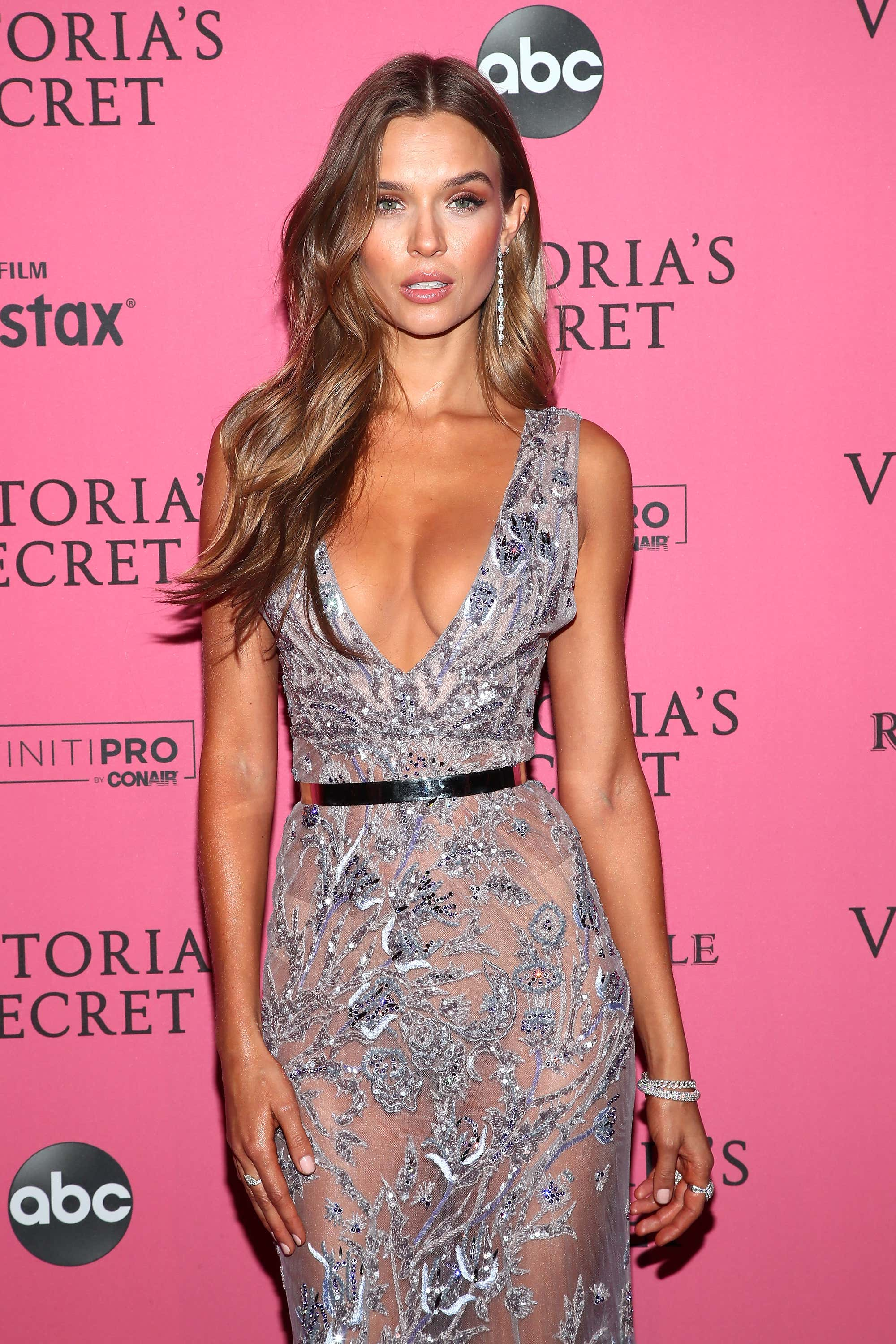 3322e0146c After The Show It s The After Party - The Hottest Looks From The VS ...