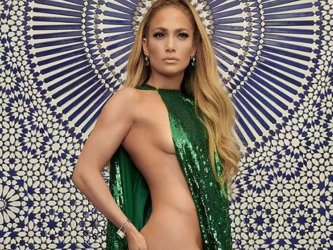 Jennifer Lopez Went To Qatar For A 20-Minute Set And Got Paid...HOW MUCH?!?!?!?