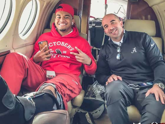 Alabama Is Flying Tua Around In A Private Plane To Aid Ankle Rehab