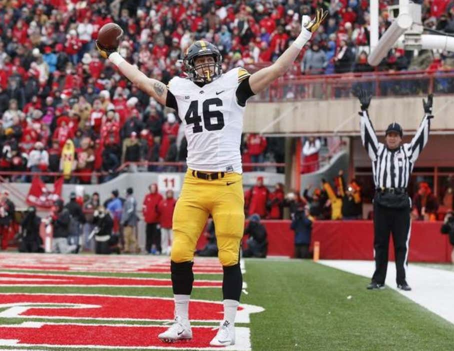 d7a47d04b George Kittle Should Be Everyone s Favorite Football Player ...