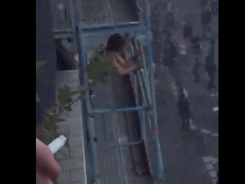 Couple Gets Caught Banging On A Balcony In The Middle Of The French Yellow Vest Protests