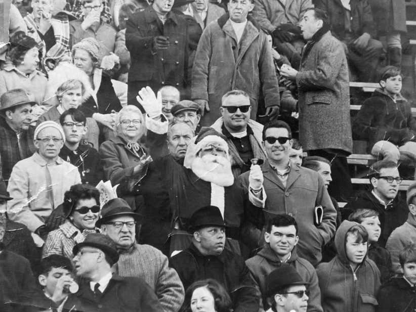 On This Date in Sports December 15, 1968 Santa Gets Booed in Philly