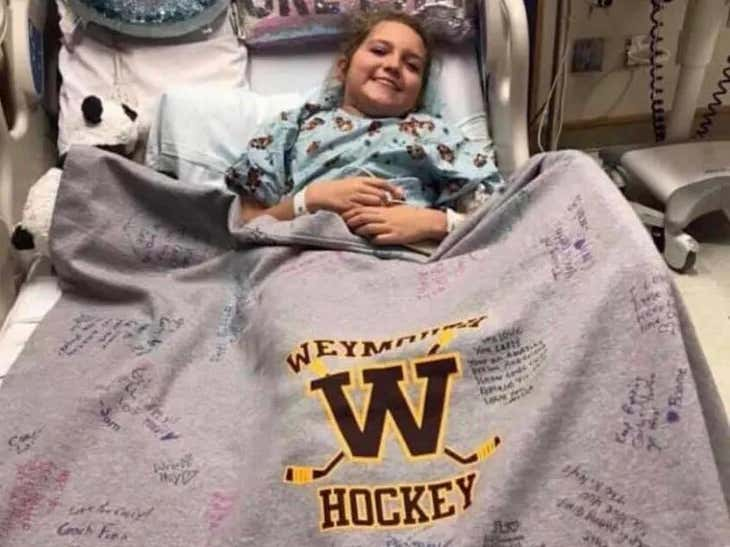 12 Year Old Weymouth, MA Hockey Player Diagnosed With Cancer Would Love To Receive Christmas Cards