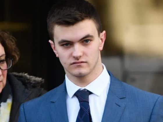 Two British Drug Dealers Spared Jail Time For Impressive Grammar In Drug-Dealing Text Messages
