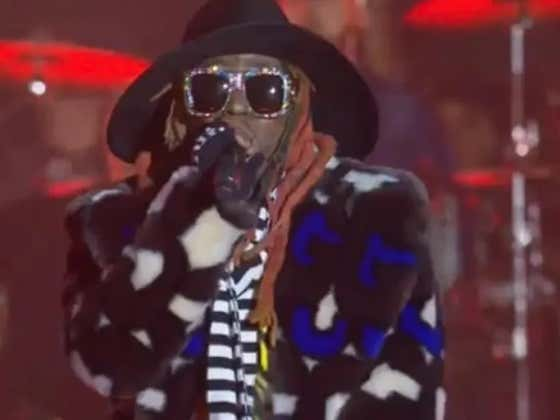 Lil Wayne's Outfit For The CFP Halftime Show Was Absurd