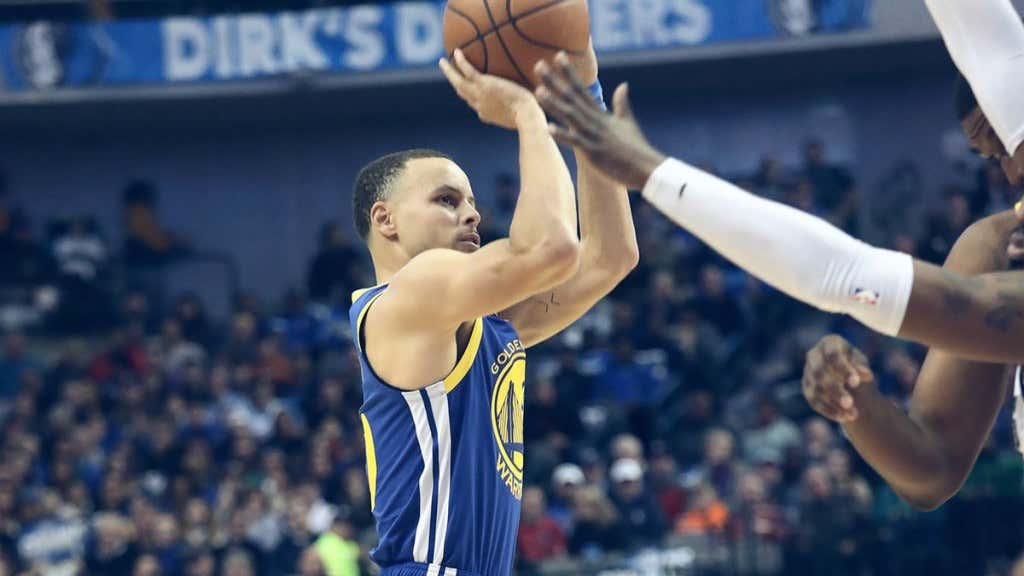1def2c8234a Steph Curry Is A Basketball Alien