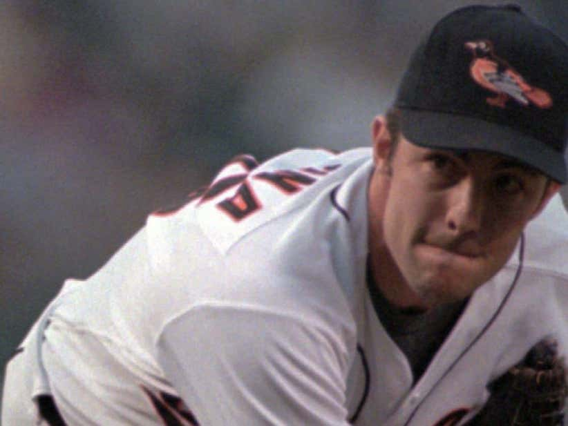 dfae6b8aa THE MOOSE IS LOOSE IN COOPERSTOWN! Mike Mussina Finally Gets Voted Into The  Baseball Hall Of Fame