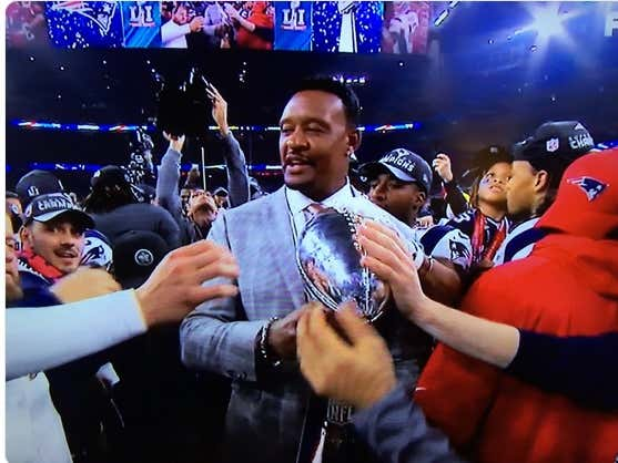 Wednesday Morning Positivity: Why Willie McGinest Believes We Will Have an NFL Season in 2020