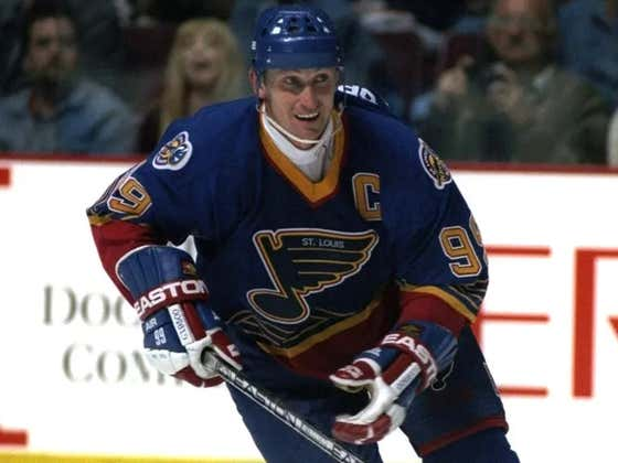 On This Date in Sports February 27, 1996: Gretzky Blues Period