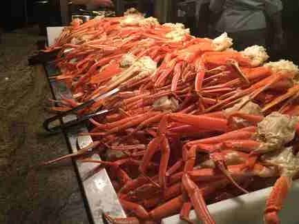 Two People Were Straight Up Sword Fighting With Tongs At A Crab Leg Buffet In Alabama