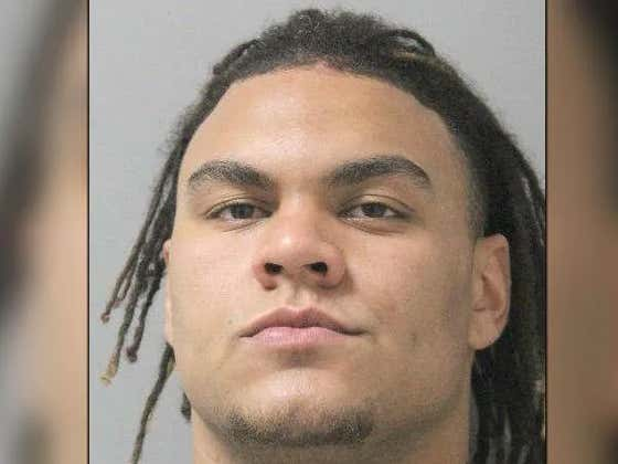 """ULM Player Bursts Into Baby Mama/Ex's House, Finds Teammate There, Gets Into Massive """"Brawl"""""""