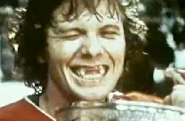 bobby-clarke-cup-smile