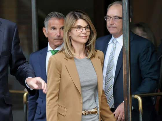 Lori Loughlin Thought The DA Was Bluffing, Was Very Wrong, And Now May Face Much More Jail Time