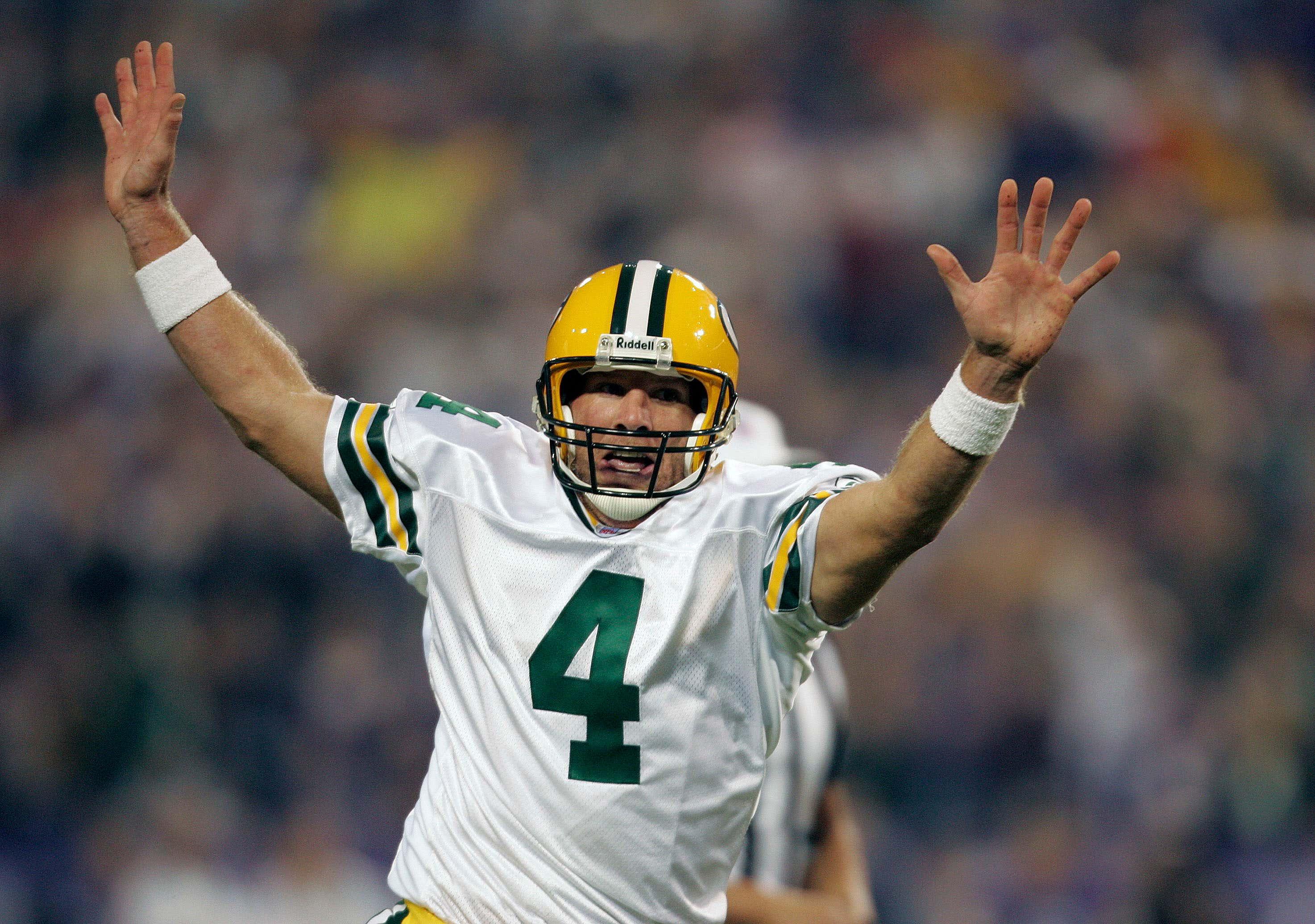 Packers Brett Favre Sets Touchdown Record