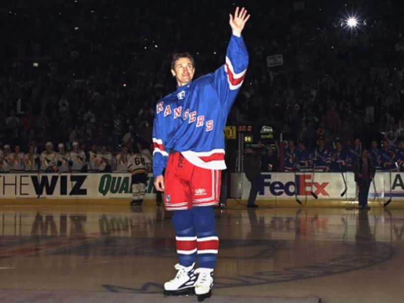 new styles 11fa8 3b357 On This Date in Sports April 18, 1999: Gretzky's Last Game ...