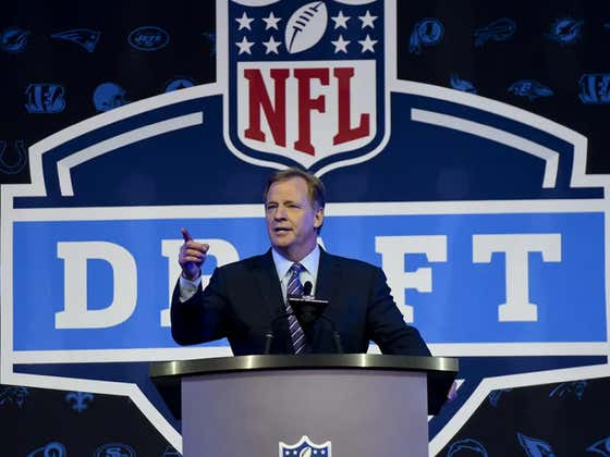 NFL Draft: Which Teams Could Take Their Next QB Tonight? 2.0