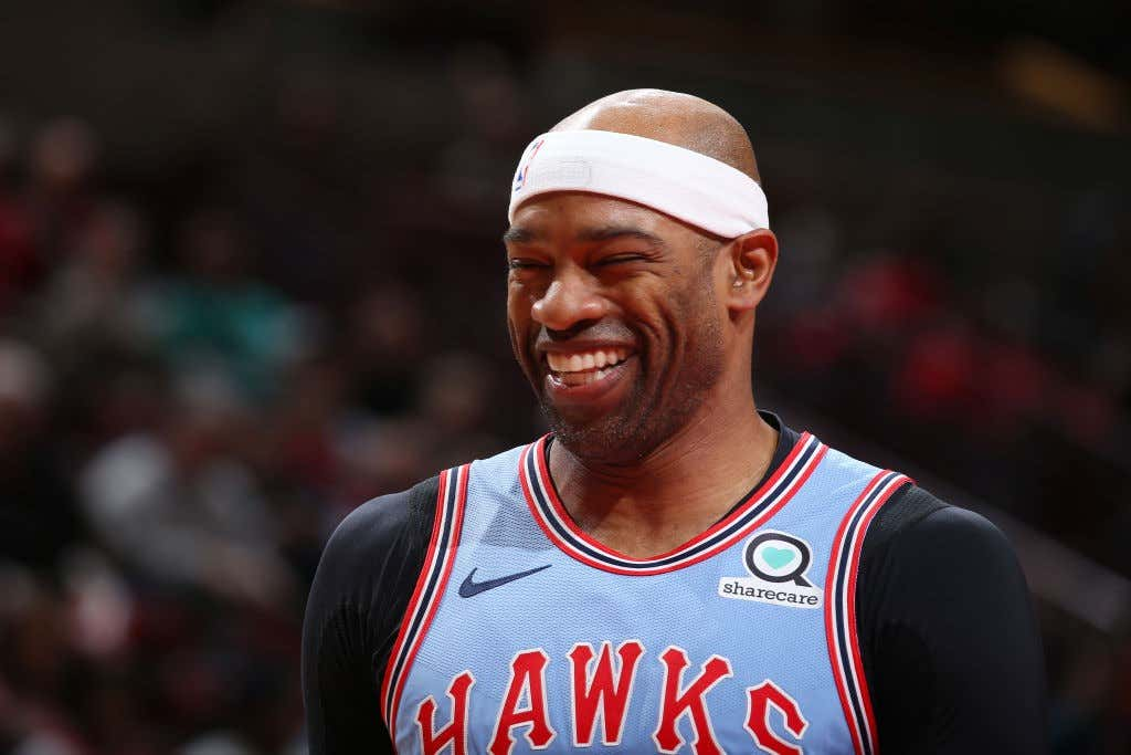 Vince Carter Continues To Shove Father Time In A Locker ...