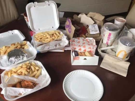 Teacher In Georgia Claims They Can't Teach Well Anymore Because Students Keep Ordering Uber Eats For Lunch