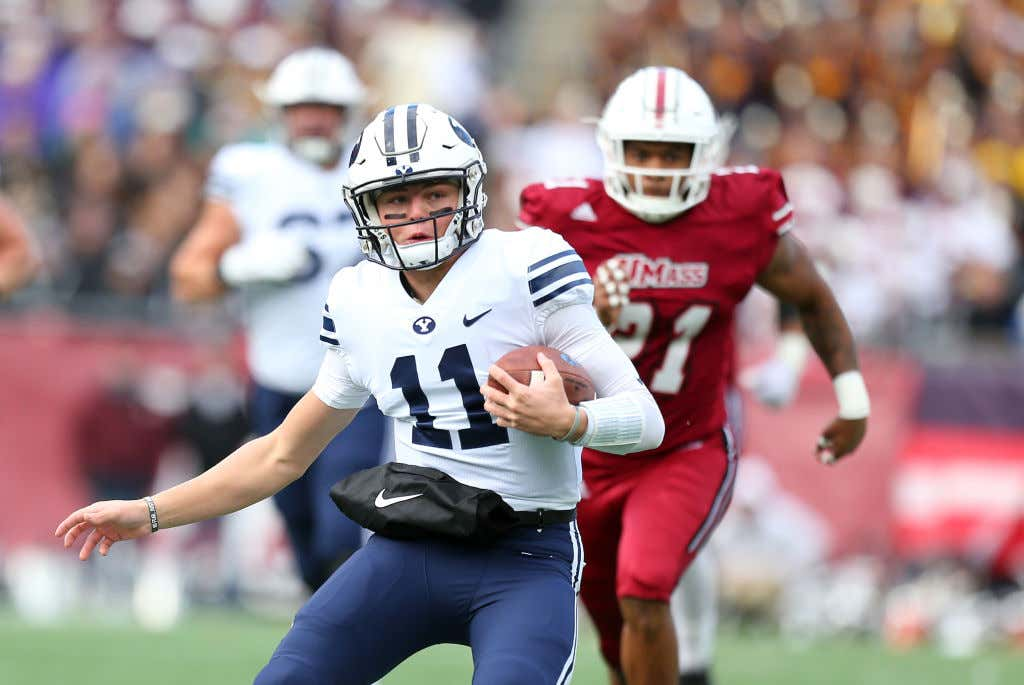 COLLEGE FOOTBALL: NOV 10 BYU at UMass