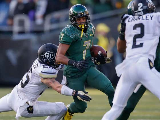 Former Oregon WR Heroically Tackles Gunman At The High School Where He Coaches Football