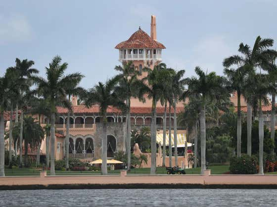"""Wisconsin Freshman Fooled Secret Service And Snuck Into Mar-A-Lago While Trump Was There Because He """"Wanted To See How Far He Could Get"""""""