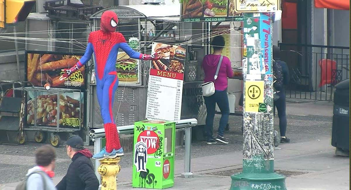 toronto-spiderman