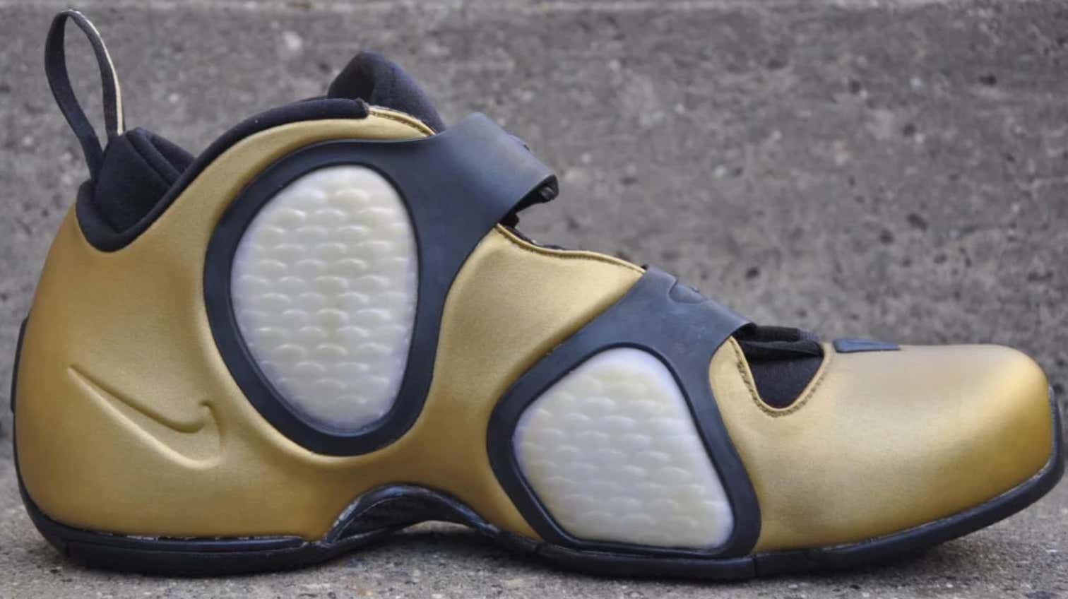 4fddd9a5fd People Are Mad At Nike For Making A Women's Shoe That Looks Exactly ...