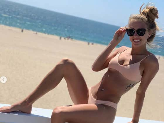 """Patrick Mahomes' Girlfriend Brittany Matthews Responds To The Trolls Saying """"He Can Do Better"""" With An IG Bikini Pic"""