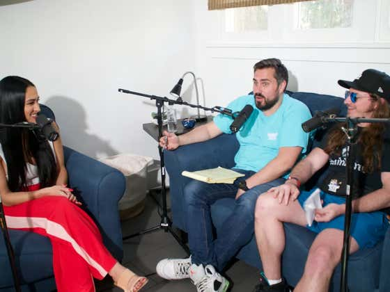 PMT: WWE Superstar Nikki Bella, Tony Scheffler and the Mt. Rushmore of Farm Animals