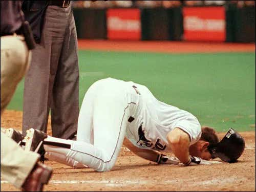 On This Date in Sports August 7, 1999: Wade Boggs 3,000