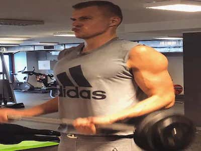 Kristaps Porzingis Sure Has Amassed A Whooooole Lot Of Muscle This Summer!