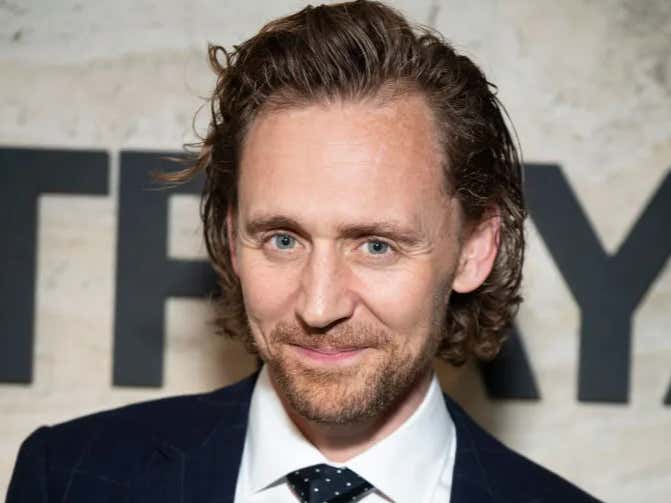 Tom Hiddleston Caused a Woman To Orgasm In The Crowd During His Broadway Show 'Betrayal'