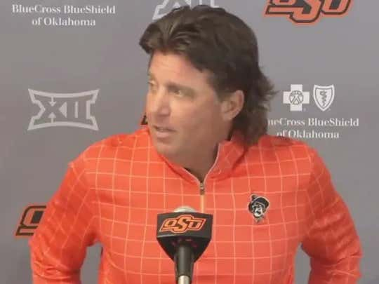 """Mike Gundy Eviscerated A """"Jackass"""" Journalist Today"""
