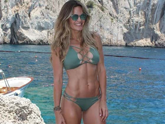 """Katina Taylor Is """"Excited"""" To Represent Women In Their 40s In The SI Swim Search"""