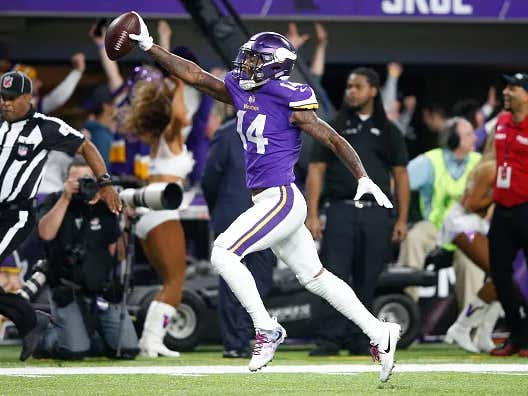 Stefon Diggs Tweets One Emoji So Naturally Everyone Assumes He's Coming to New England