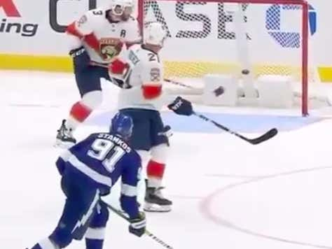 Keith Yandle Had Bettors On Their Toes Last Night With His Amazing Display Of Hands