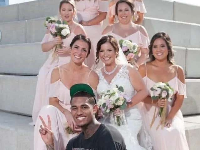 Cavs Player Jordan Clarkson Hopped Off A Scooter To Crash A Wedding Photoshoot In A Cleveland Park