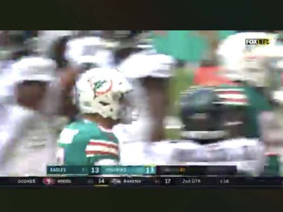Dolphins pull off this trick play on 4th down to hit the 1H over (23)