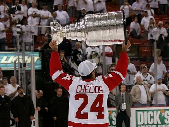 Spittin' Chiclets Episode 223: Featuring 3x Cup Champ and Hockey Hall of Fame Member Chris Chelios
