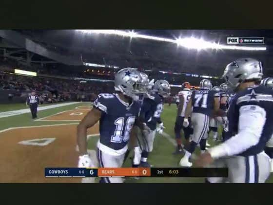 Zeke (+470) scores the first TD of the night. Cowboys lead 7-0 over the Bears.